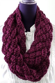 Плетёный шарф-снуд крючком