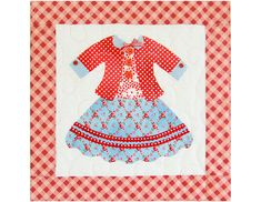 """""""Dolly dress up"""" quilt Vintage Quilts Patterns, Quilt Patterns Free, Mini Quilts, Baby Quilts, Dolly Dress Up, Doll Quilt, Applique Quilts, Fabric Paper, Cute Crafts"""