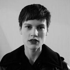 #1% by Eddy Ming @saskiadebrauw #portrait #beauty #makeup @tompecheux #hair @luigimurenu #fashion #maxmara #daylightstudio #milan #chantaltvradar #paris #supermodel @modelsdot #photo #noretouch #newyork | CHANTAL.TV | a real time avant-garde fairy tale