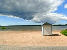 Knipan beach in Ekenäs, Raseborg, Finland Calm before the storm Great Places, Places To Visit, Calm Before The Storm, Bucket List Destinations, Wild Nature, What A Wonderful World, Archipelago, Old Town, Wonders Of The World
