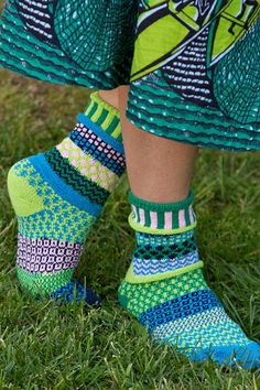 Water Lily Crew Socks - Part of Solmate's Vermont Garden series, these gorgeous cotton socks are soothing mix of cool blues and soft greens, with a subtle hint of a pale pink. Solmate Socks, Sexy Socks, Wool Socks, Cotton Socks, Crochet Socks, Knitting Socks, Knit Crochet, Sock Shop, Crazy Socks