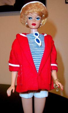 Blonde 1961 Bubble cut in Resort Set - Barbie