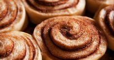 Piecrust Pinwheel Cinnamon Cookies from 12 Tomatoes Cookies Cupcake, Pinwheel Cookies, Cookie Desserts, Yummy Cookies, Just Desserts, Cookie Recipes, Dessert Recipes, Cupcakes, Bar Cookies