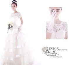 "PW150 - Pre order ชุดคู่ถ่ายพรีเวดดิ้ง (prewedding dress) & ชุดแต่งงานแฟนซี (Fancy wedding dress)ชายหญิง ""ธีมสีขาว-เทา"" - izisswedding ชุดพรีเวดดิ้ง & ชุดแต่งงาน ชุดแฟนซี ชุดเพื่อนเจ้าสาว มีแบบให้เลือกมากที่สุด!! ทั้งพร้อมส่งและพรีออเดอร์ จะใส่ถ่ายพรีเวดดิ้งหรือใส่งานแต่งวันจริงก็สวย สไตล์เก๋ไม่ซ้ำใคร ถูกสุดๆเลยจร้า : Inspired by LnwShop.com"