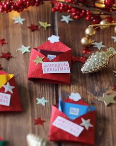 Schokoladen-Zipfelmützen Chocolate pointed caps / gift from the kitchen / gifts with chocolate with Ritter Sport Easy Christmas Crafts, Simple Christmas, Christmas Time, Christmas Cards, Christmas Decorations, Christmas Ornaments, Holiday, Diy Christmas Gifts Videos, Christmas Crafts To Sell Handmade Gifts