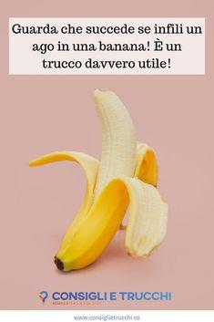 Tutti sanno che le banane, oltre a essere buone, sono anche molto salutari. Mangiarne due al giorno, infatti, può dare molti benefici. Ma sapevi che può essere anche molto utile infilarci un ago? Probabilmente non ci hai mai pensato, ma può essere davvero molto pratico! Lifehacks, Fruit, Silver Cutlery, Bowl Of Fruit, Tips And Tricks, Cleaning, Silver Jewellery, Sparkle, Life Cheats