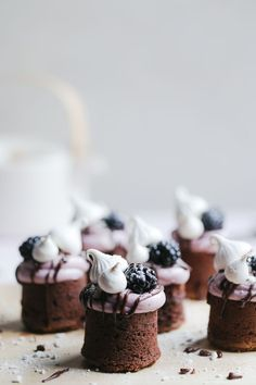 Meringue Kissed Blackberry Brownies - The Polka Dotter Tea Cakes, Mini Cakes, Mini Brownies, Chocolate Brownies, Chocolate Pastry, Dessert Chocolate, Honeycomb Cake, Delicious Desserts, Dessert Recipes