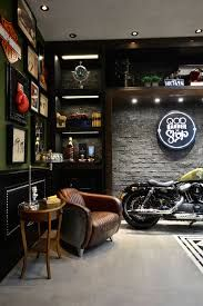 Architektur Great Garages, Amazing Inspiration for your next garage project. Life at Speed, . Design Garage, Garage Loft, Solar Panel Cost, Garage Interior, Man Cave Home Bar, Man Cave Garage, Motorcycle Garage, Motorcycle Shop, Moto Bike