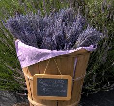 Dry lavender helps you relax...You may have heard that breathing in the smell of lavender makes you drowsy; turns out, it's true. Research shows the scent lowers heart rate and blood pressure, putting you in a relaxed state. To set yourself up for zzz's, put a handful of dried lavender in a vase on your nightstand—or use a diffuser with lavender oil.