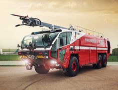 The Oshkosh Striker is an industry leading ARFF truck, designed and tested by airport fire fighters and professionals for emergency response at airports. Rescue Vehicles, Police Vehicles, Us Military Bases, Cool Fire, Fire Equipment, Emergency Response, Fire Apparatus, Search And Rescue, Emergency Vehicles