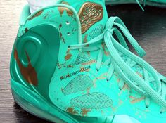Nike Air Max Hyperposite 'Statue of Liberty'