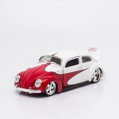 Miniatura Volkswagen Fusca Branco - Beetle - Maisto - 1:24 - Machine Cult | A loja das camisetas de carro e moto