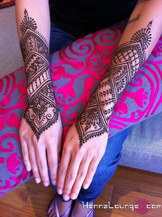 Indian_cuff_henna, via Flickr.