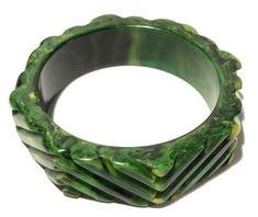 Bakelite Stretch Bracelets, Bangle Bracelets, Bangles, Beach Fairy Garden, Jewelry Design, Designer Jewelry, Pastel Floral, Vintage Green, Bracelet Making