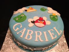 Angry birds cake by Baking Buddies