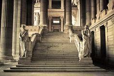 MI PARAISO ESCONDIDO: Castle Staircase