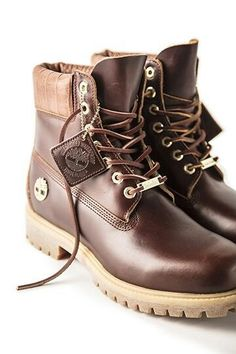 Timberland Boots, an American Icon ~ Fashion & Style Shoes Boots Timberland, Timberland Waterproof Boots, Nike Boots, Timberland Outfits, Mens Boots Fashion, Sneakers Fashion, Fashion Shoes, Timbaland Boots, Best Winter Boots