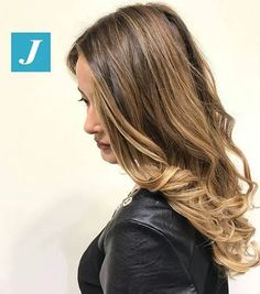 The perfect gift _ Degradé Joelle  #cdj #degradejoelle #tagliopuntearia #degradé #igers #shooting #musthave #hair #hairstyle #haircolour #longhair #ootd #hairfashion #madeinitaly #wellastudionyc #workhairstudiocentrodegradejoelle #roma #eur