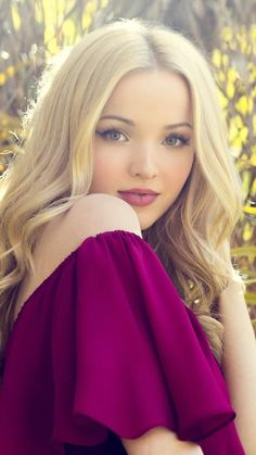 Dove Cameron Mobile Wallpaper – Best of Wallpapers for Andriod and ios Dove Cameron Tattoo, Dove Cameron Style, Beautiful Celebrities, Beautiful Actresses, Beautiful Women, Liv Y Maddie, Foto Casual, Sofia Carson, Cameron Boyce