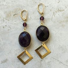 We have a collection of items made of gemstones. Look for them in our website.