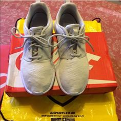 UK EDITION Nike Roshe One $74 on Merc NO LOWEST/TRADES. Plz buy on MERC at $74. I paid 90 Pounds, worn on my flight home. This color isn't even in the states yet, it's Light Bone/White/Ecru/Blanc, in other words a Cream-ish color. It's really a nice color. Absolutely NO LOW BALLERS. 90 British pounds is $130 US, and I'm not selling for that much. You also get the JD sports bag.Questions welcomed, including request for additional pics.  *TO AVOID SCAMMERS, ITEM WILL BE VIDEOTAPE WHILE BEING…