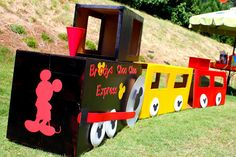 Perfect for gabes Mickey on a choo choo happy number Trains Birthday Party, Train Party, Mickey Party, Mickey Mouse Birthday, Boy Birthday Parties, 3rd Birthday, Birthday Ideas, Mickey Mouse Train, Mouse Parties