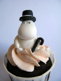 A Baked Creation: Moomin Cupcakes Les Moomins, Tea Party Cupcakes, Cupcake Art, Cupcake Ideas, Cake Shapes, Cupcake Heaven, Fondant Figures, Pretty Cakes, How To Make Cake