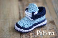 Crochet Pattern  Booties Pattern Shoes Pattern by HandHeartandSole