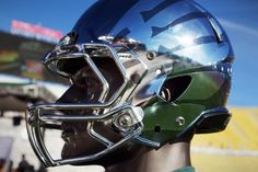 Oregon Ducks Chrome Helmets. Well played Nike, but you should have made these for the Horned Frogs.