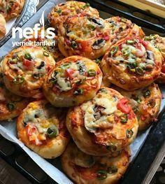 Nefis Mini Pizza #nefisminipizza #pizzatarifleri #nefisyemektarifleri #yemektarifleri #tarifsunum #lezzetlitarifler #lezzet #sunum #sunumönemlidir #tarif #yemek #food #yummy