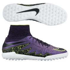 Take over the turf with deadly agility in the Nike HypervenomX Proximo turf soccer shoes. These shoes feature Nike flywire and the dynamic fit collar to help you dominate.Order your new pair of turf soccer shoes today at SoccerCorner.com!  http://www.soccercorner.com/Nike-HypervenomX-Proximo-TF-Turf-Soccer-Shoes-p/st-ni747484-505.htm