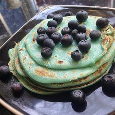 (blue)berry pancakes