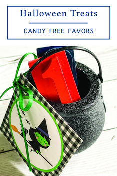 Share an adorable candy free/allergy friendly Halloween treat with this free printable tag from Everyday Party Magazine #Halloween #Witch #TealPumpkinProject