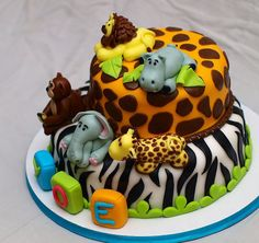 Fondant Jungle Cake with animals by ♥ Sweet Creamz ♥, via Flickr