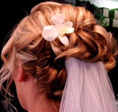 Bridal Updo Curls with Veil