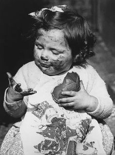 Vintage Easter photo of little girl eating a huge chocolate egg cute retro antique eggs candy candies spring Vintage Easter, Vintage Holiday, Retro Vintage, Richard Avedon, Old Pictures, Old Photos, Vintage Photographs, Vintage Photos, Marc Riboud