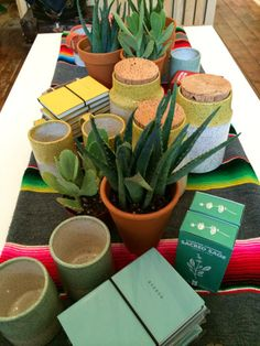 Poppytalks' new brick and mortar in Vancouver - Pottery from Dahlhaus, agendas from Poketo (Open for Mother's Day! )