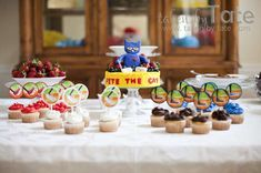 Pete the Cat: I Love My White Shoes | CatchMyParty.com
