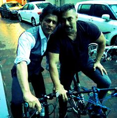 """Bhai Bhai on bike bike...No pollution...bhai says 'Michael Lal Cylcle Lal.'"" June 30, 2016"
