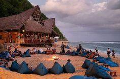 A typical monday in Bali ❤  Sundays Beach Club, Uluwatu  Share your moments with #balilife   @adreareyhan