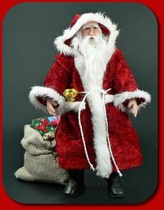 CDHM santa feature, CDHM The Miniature Way, December 2010 Christmas Santa's, 1:12, 1:24, 144 scale