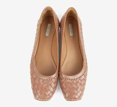 Bottega Veneta I'm not a friend of flats but these look really great!