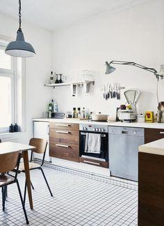 Kleine Bodenfliesen In Der Küche