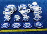 miniatures, kitchens, tea sets, teas, dinners, white, minis, blues