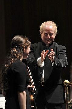 Maestro Diemecke of the Long BEach Symphony Orchestra