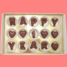 Happy 1 Year Large Milk Chocolate Letters/White box ***This item is NOT customizable! →→→→→→→→→→→ Before placing your order ←←←←←←←←←← --Please make sure your local temperature does not exceed 65 degrees within the next 4-10 days. ***** http://www.weather.com/forecast/ --Due to warmer