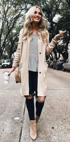 Cute casual outfit for fall | ripped skinny jeans and long cardigan