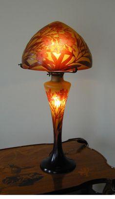 Etablissements  Galle glass lamp