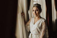 Bridal robe with lace sleeves wedding robe short lace Lace Bridal Robe, Bridal Robes, Bridal Lingerie, Bridesmaid Robes, Wedding Moments, Lace Sleeves, Lace Shorts, Elegant, Model