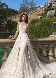 Western Wedding Dresses, Colored Wedding Dresses, Bridal Dresses, Wedding Gowns, Lace Wedding, Dream Wedding, Wedding Rings, Wedding Parties, Elegant Wedding